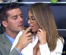 Videos de sexo com secretaria sendo comida