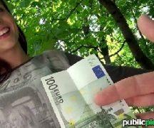 Tube8 Comendo a novinha da praça por dinheiro