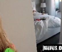 Vidio porno brasileiro safada dando escondida no quarto
